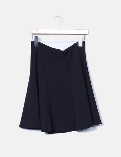 Falda negra texturizada con vuelo Vero Moda