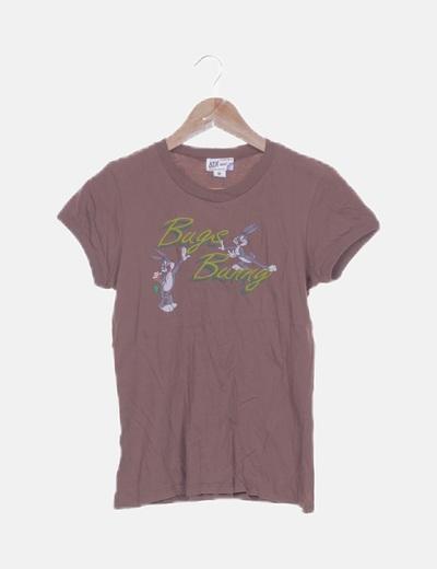 Camiseta marrón estampada