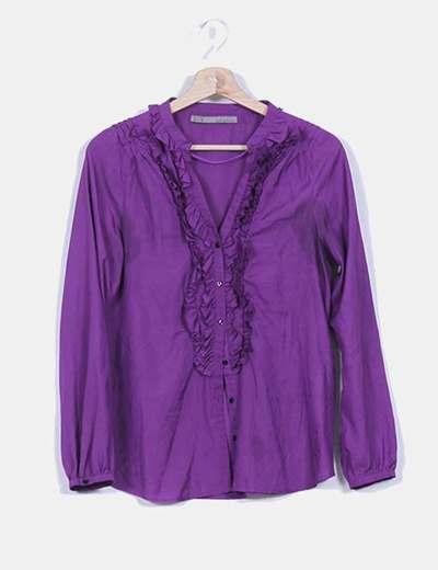 Camisa morada botonadura avolantada Zara