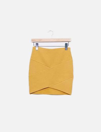 Minifalda amarilla texturizada Forever 21