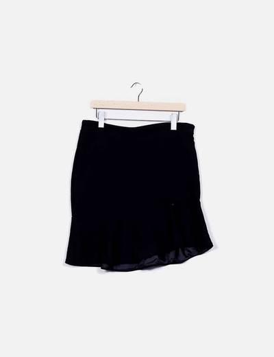 Falda negra con volante Suiteblanco