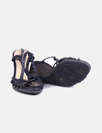 Sandalia con cuna negra
