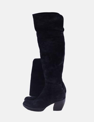 Bota alta de tacón negra