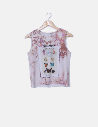 Camiseta estampada con mariposas