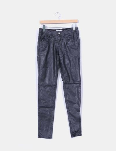 Pantalón negro de polipiel Fornarina