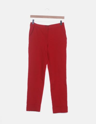 Pantalón rojo pitillo