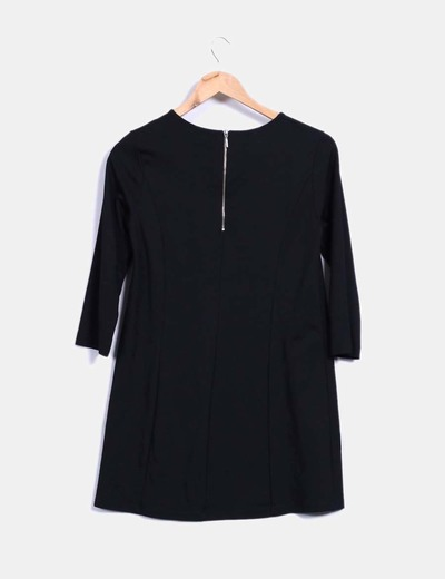 Vestido basico negro de manga francesa