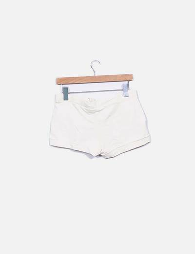 Shorts deportivo beige
