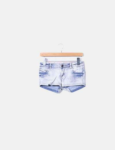 Shorts Inside