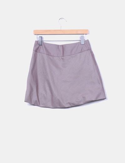 Mini falda evase marron abullonada