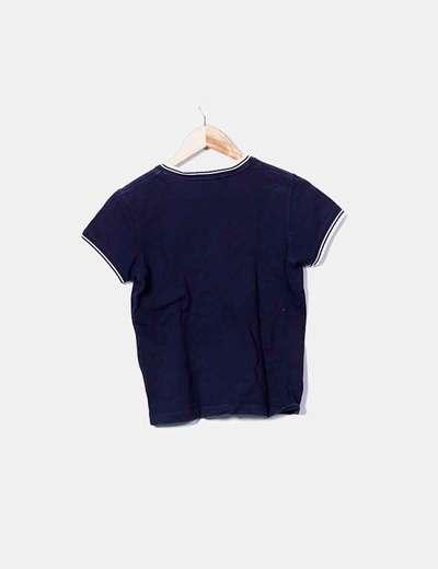 Camiseta azul marina cuello pico