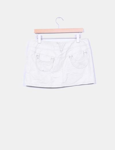 Mini falda beige bolsillos