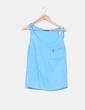 Top azul cielo detalle bolsillo Zara