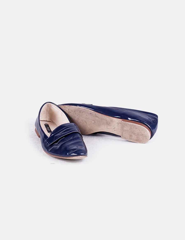 3e214b1c567 Azul Mocasín Required 8gtq1xw8r De Mujer Zara Charol Zapatos 1qqdA ...