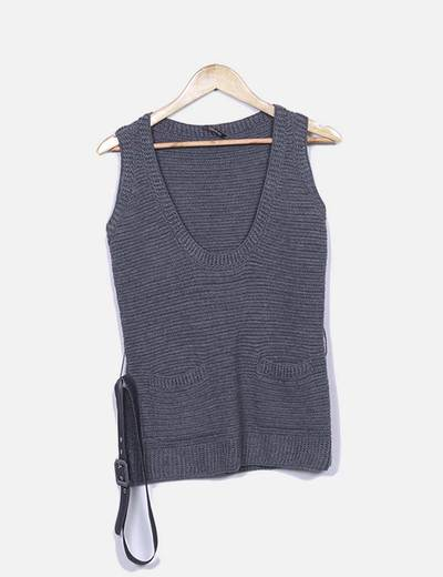 Tricot gris sin mangas