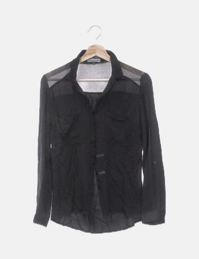 Camisa negra combinada