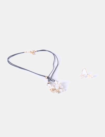 Conjunto collar y anillo floral NoName