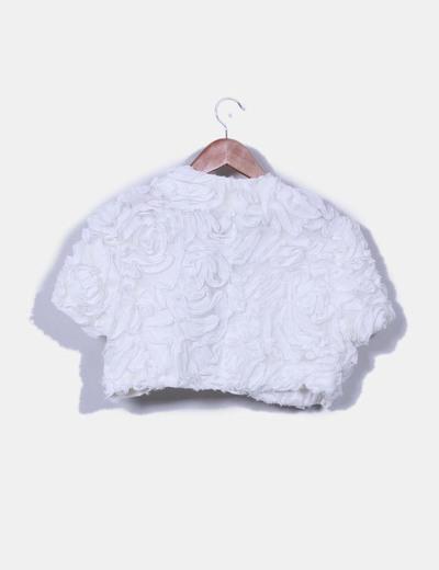 Conjunto de falda y torera blanca texturizada