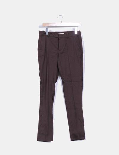Pantalón marrón de vestir Mango