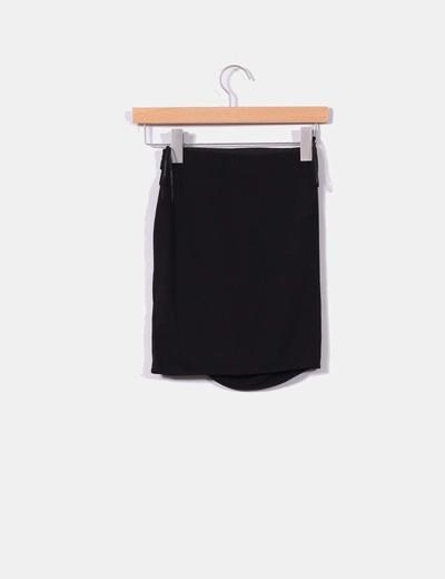 Pull Bear Mini falda negra fruncida (descuento 67%) - Micolet 3065c1f96263