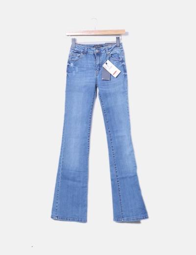 Jeans denim acampanado Bershka