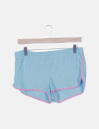 Short deportivo azul detalle rosa