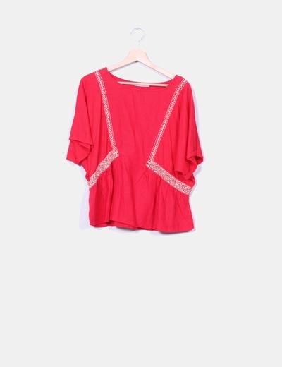 Blusa roja detalles étnicos Mango