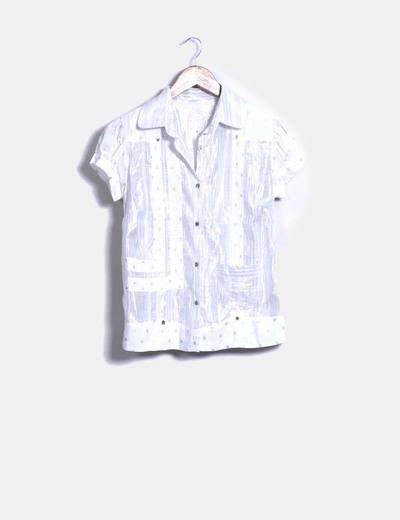 Camisa blanca detalles plateados