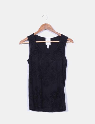 Camiseta negra combinada con terciopelo Mango
