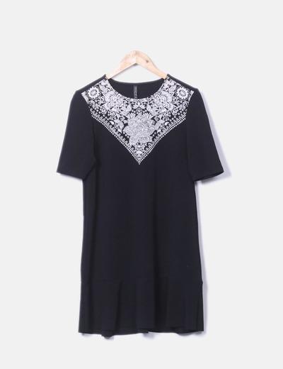 Vestido negro estampado