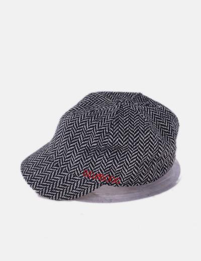 Gorra de punto negro y blanco