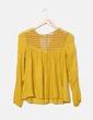 Camisa crochet color mostaza Bershka
