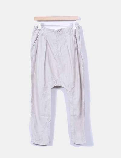 Pantalón harem beige Bershka