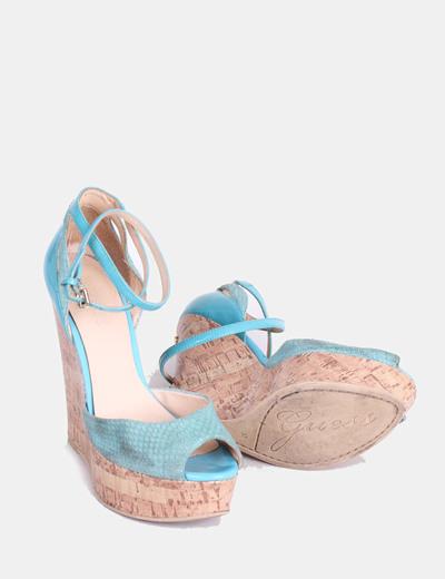 Sandalias azul turquesa con tacon de caucho