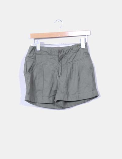 Short verde militar Mango