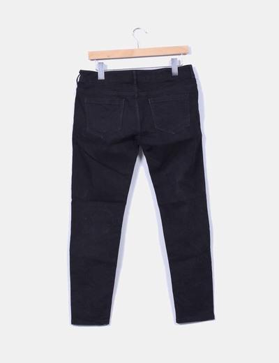 Pantalon denim negro