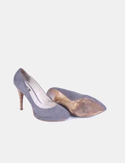 Zapato tacon gris piel efecto ante