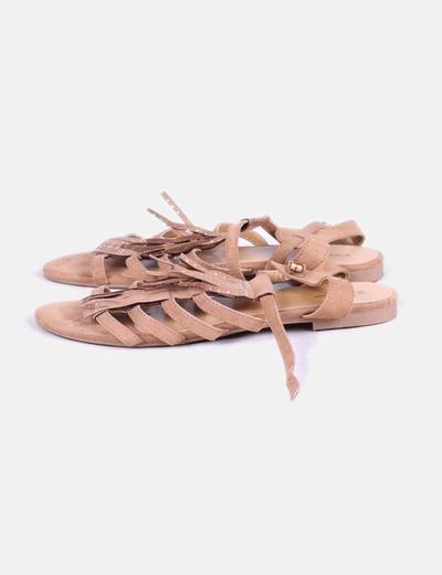 Sandalias planas con flecos inextenso