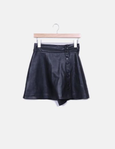 Minifalda polipiel negra Zara
