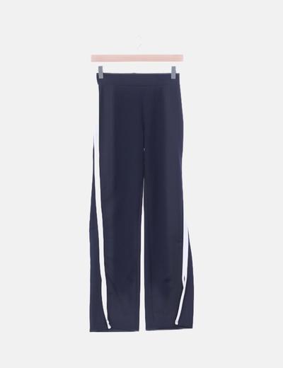 Pantalón sport azul marino franja blanca