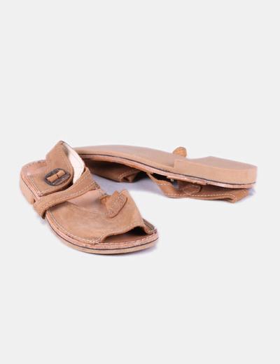 Sandalias de piel camel