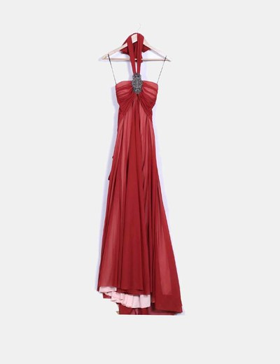 Maxi vestido color teja cuello halter con abalorios NoName