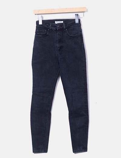 nouveau produit 2b8a0 cb650 Pantalon noir en denim ajusté