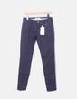 Pantalon bleu marine avec motif clous Bershka