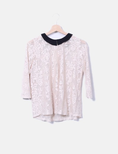 Camiseta semitransparente de encaje Zara