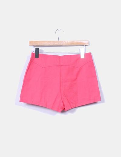 Shorts rosas con pinzas