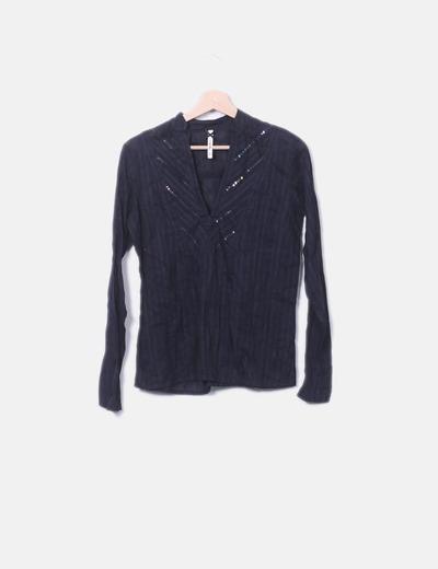 Camisa negra cuello mao paillettes
