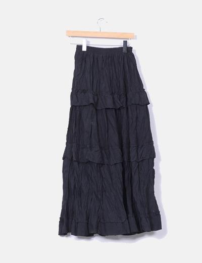 Maxi falda negra con volantes