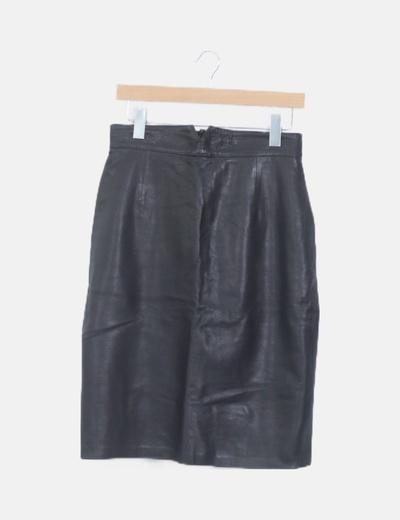Falda polipiel negra midi