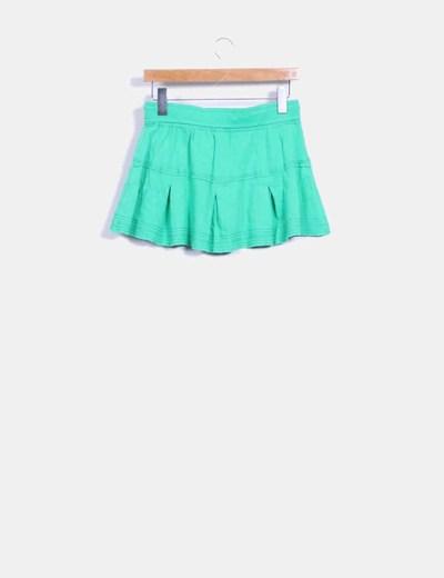 Mini falda verde de vuelo